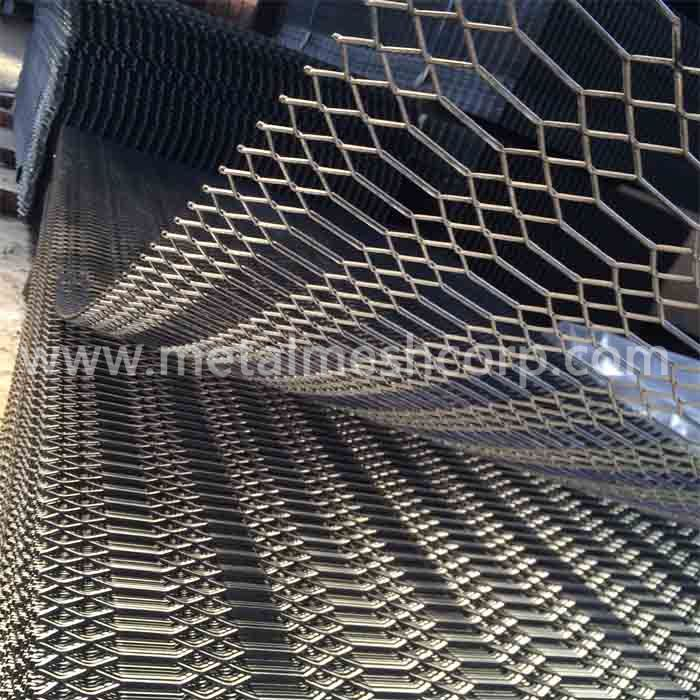 Galvanized Gothic Expanded Mesh