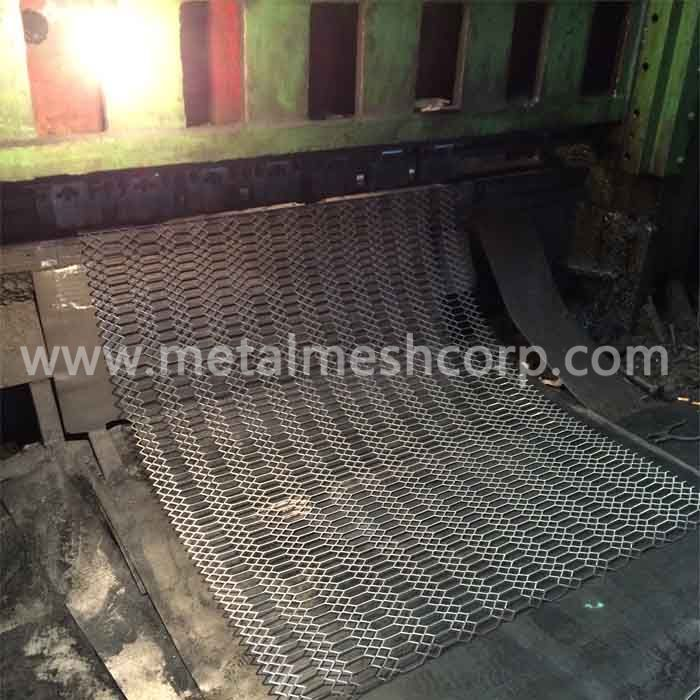 Hot Dipped Galvanized Gothic Mesh