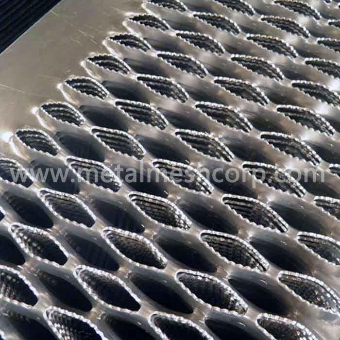 Alligator Hole Diamond Safety Grating